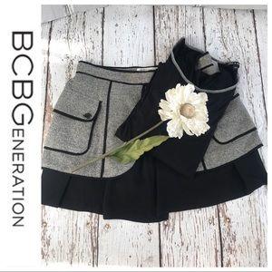 💕SALE💕BCBGenerations Black & Gray Skirt
